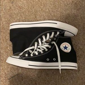 shoes converse black and white